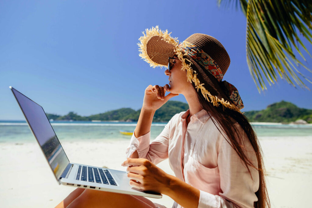 Cons and Harsh Truths About Being a Digital Nomad