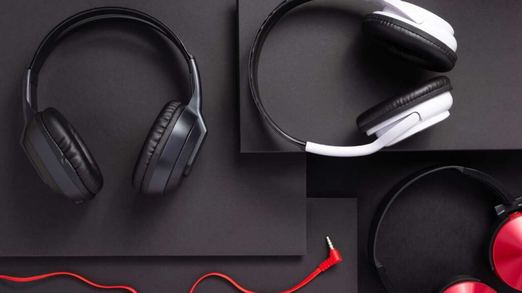 The Best Headsets For Remote Work 2021 (Premium and Budget)
