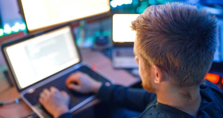 5 Steps to Get A Remote Coding Job From Scratch